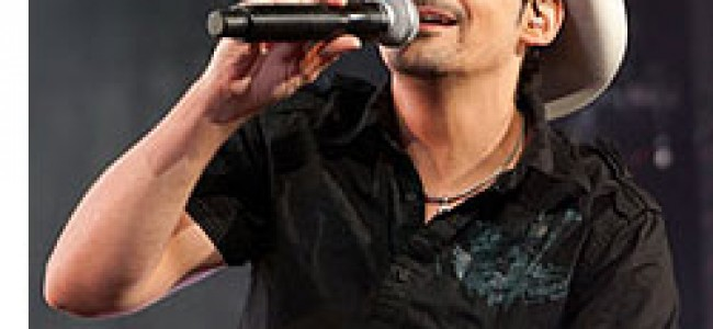 Brad Paisley announces return to the Southland